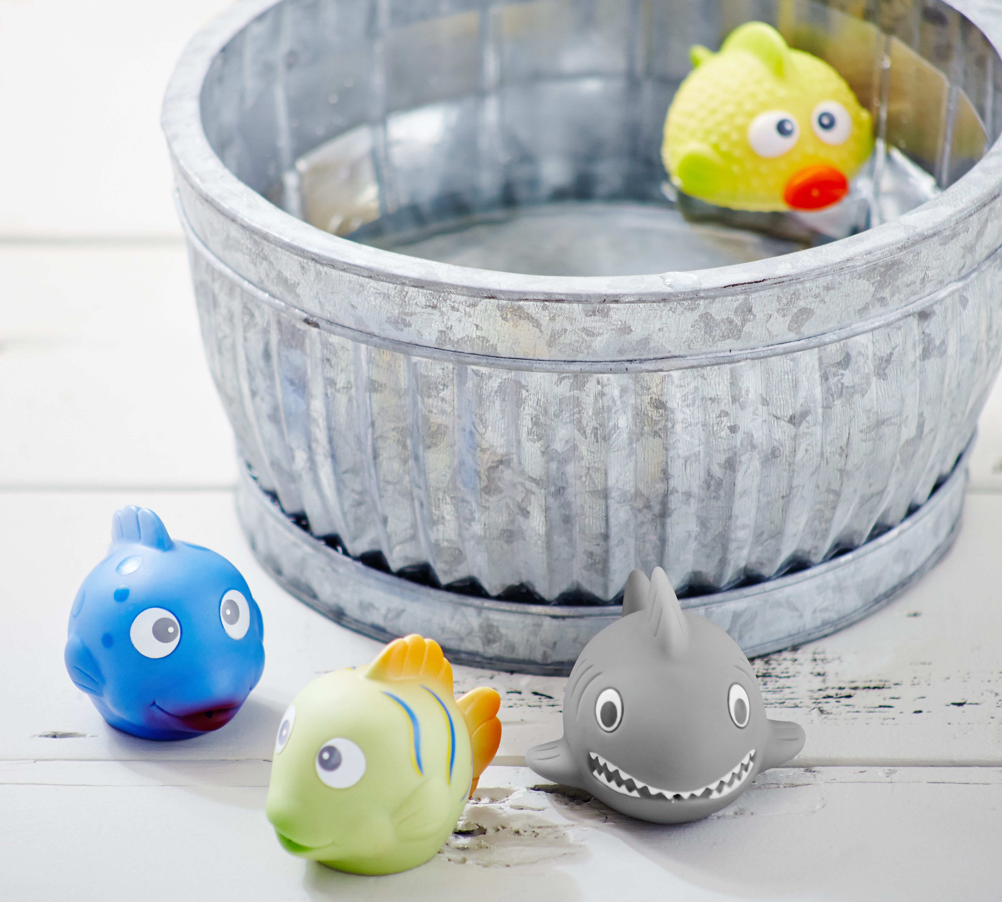 Fish Bath Squirties